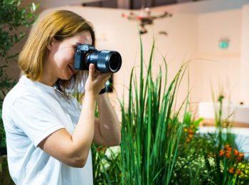 Kamera Mirrorless Teman Cocok Traveling